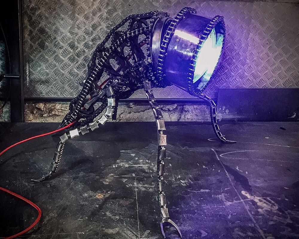 Dumble Be, lampe robotique - Florian Rog Ferronier