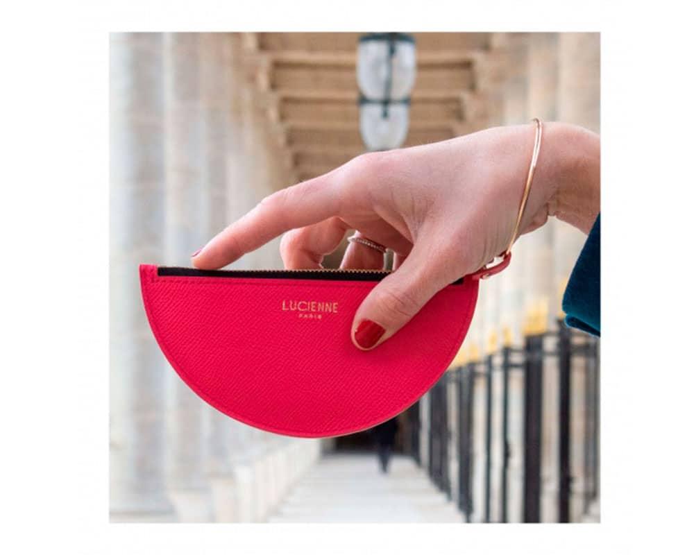 Un nouveau modèle de sac demi-lune qui va vous conquérir par son sourire ! On vous présente Daphné.