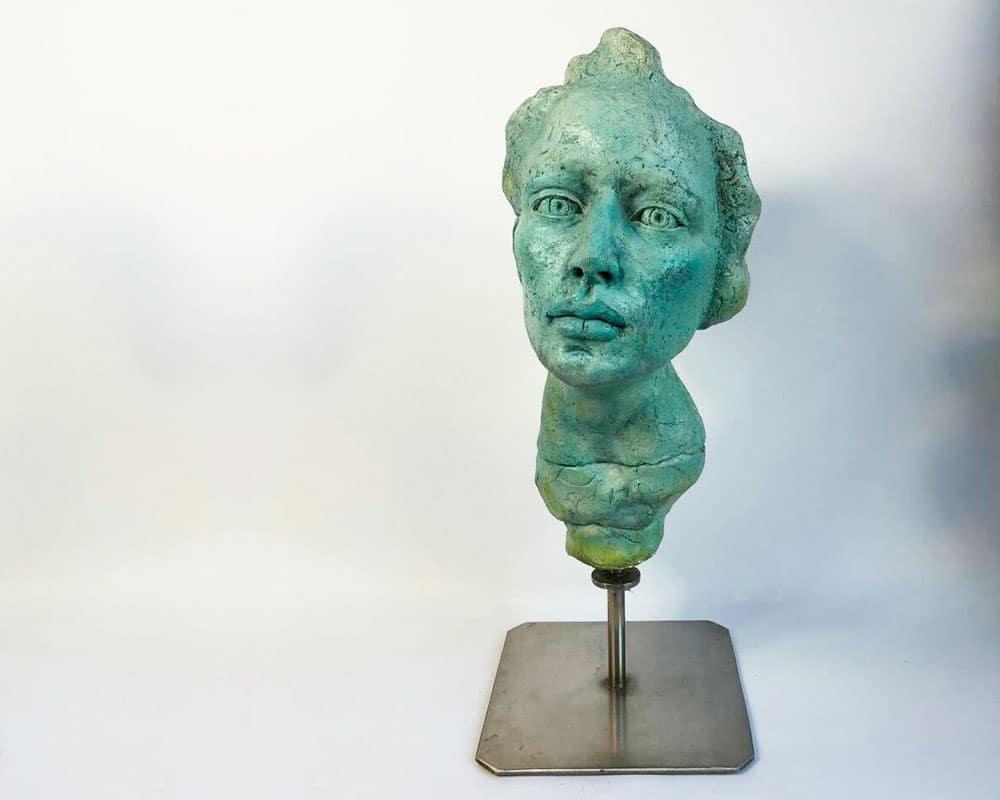 ELLE est Belle d'Anmarie Léon Sculpteur