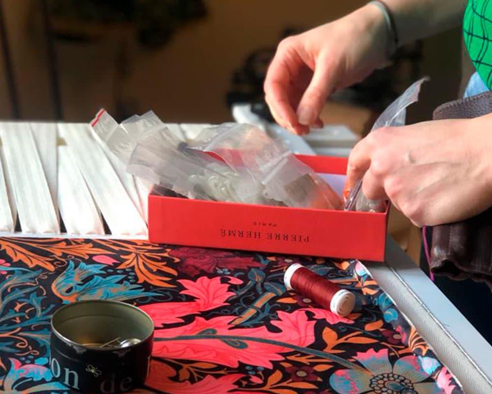 Atelier Parisien d'Atelier Magueritte - Fabrication 100% fait main d'abat-jour