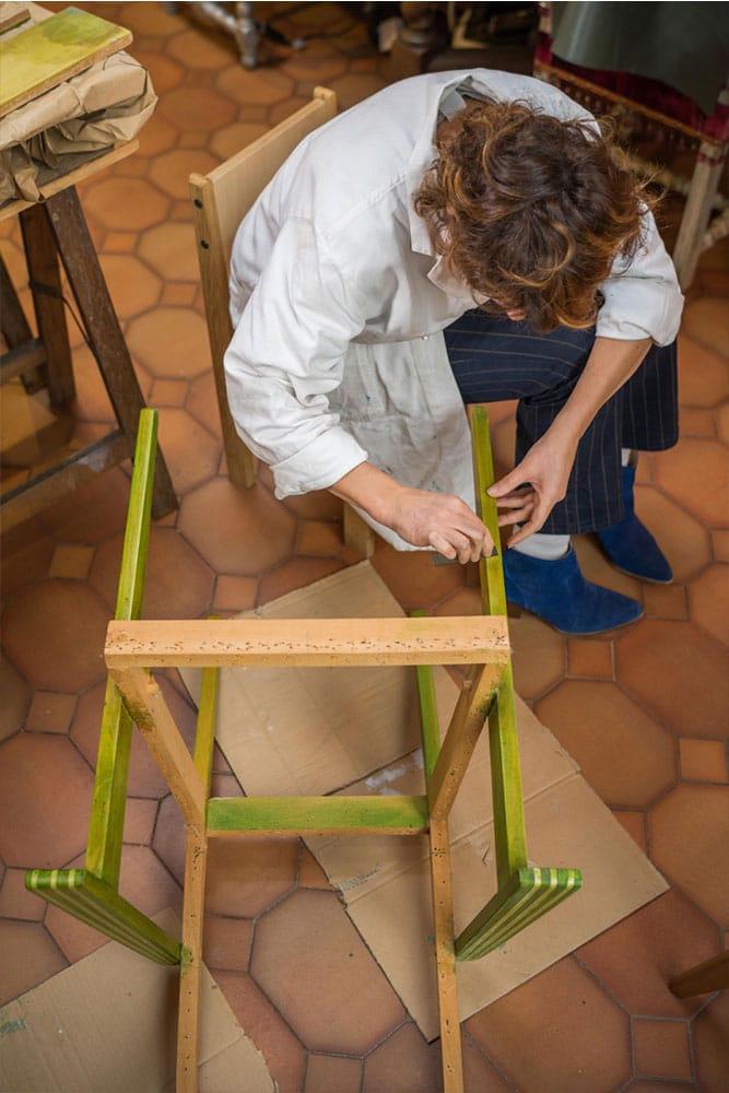 Geste de Jeanne Julien - Créateur Styliste Sièges