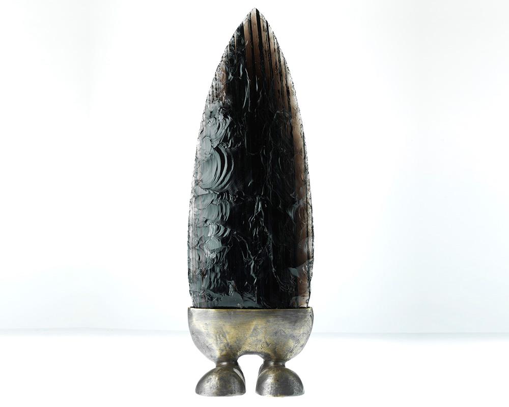 Sculpture en bronze et obisidienne d'Arménie - Pièce unique - Marion Fillancq Artisan Joailliere